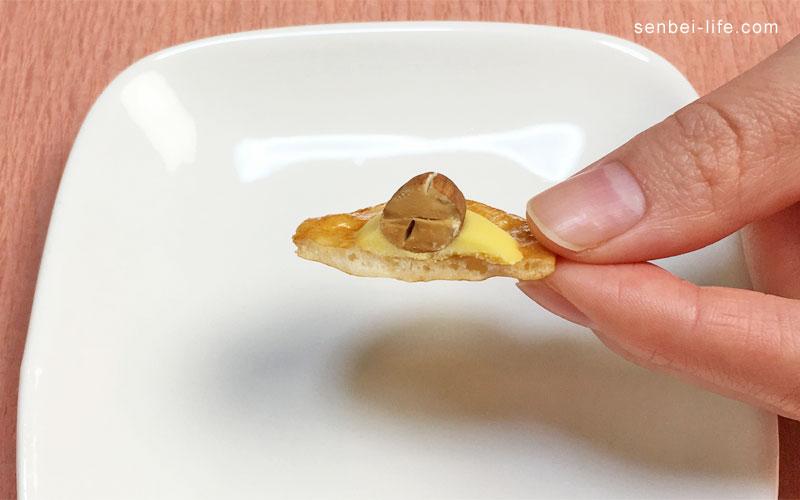 チーズアーモンドの断面